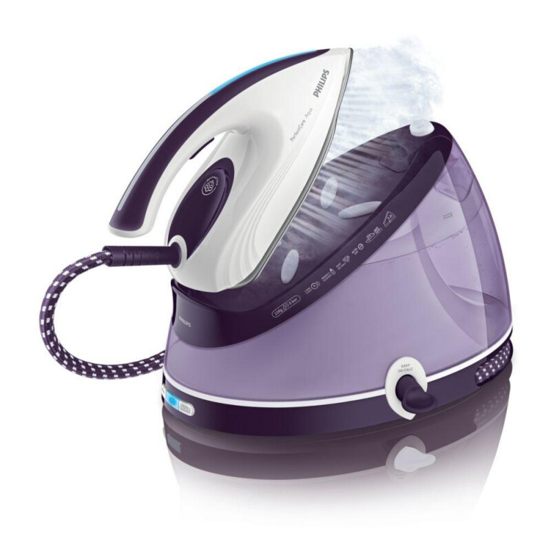 Philips PerfectCare Aqua GC8640 #1